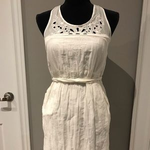 NWT Banana Republic white summer embroidery dress